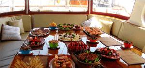 Cenas en yate y veleros por sanxenxo y portonovo
